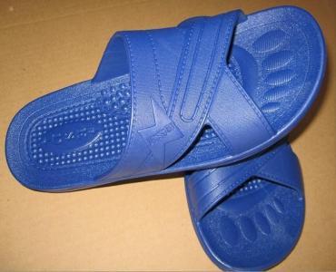 教你不用一滴水, 再脏的拖鞋也能洗得像新买回的一样!