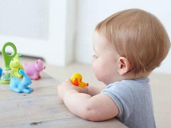 宝宝要在一岁前必须做的50个早教游戏